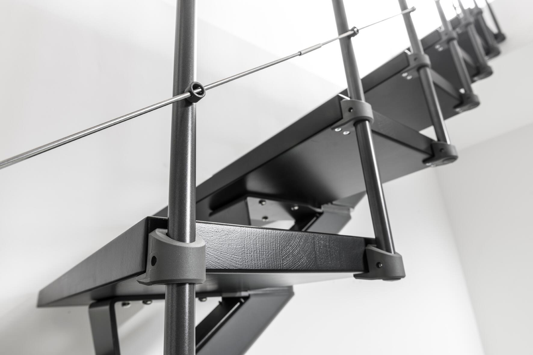 Scala a rampa 1/4 di giro Mas FONTANOT L 85 cm, gradino grigio antracite scuro, struttura antracite - 10