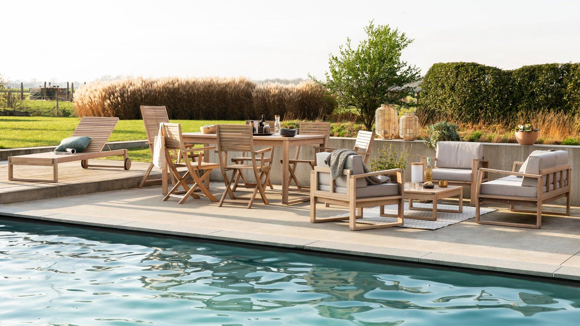 Sedia con braccioli senza cuscino pieghevole in legno Solaris NATERIAL colore acacia - 11