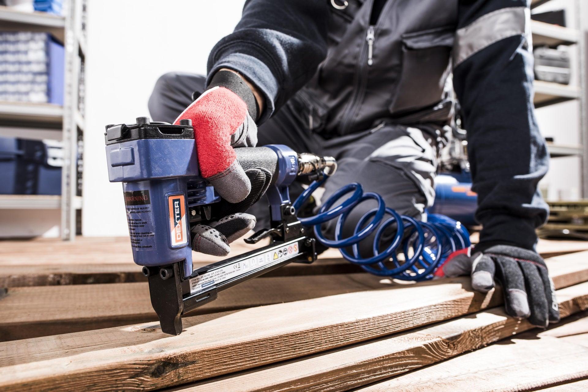 Graffatrice pneumatica DEXTER 6 bar - 15