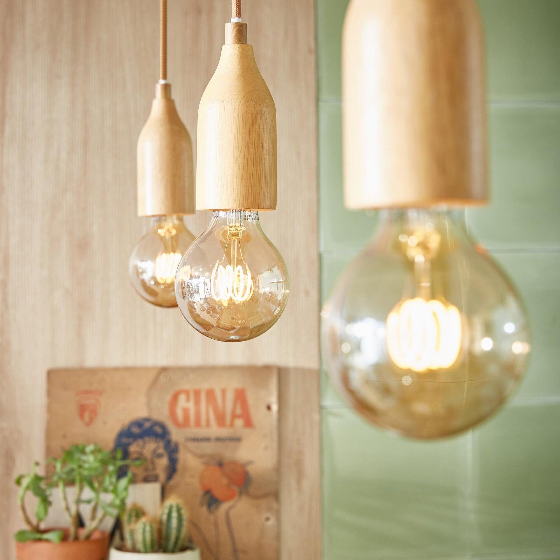 Set di 8 lampadine LED, E27, Goccia, Ambra, Luce calda, 7W=420LM (equiv 36 W), 320° , OSRAM - 2