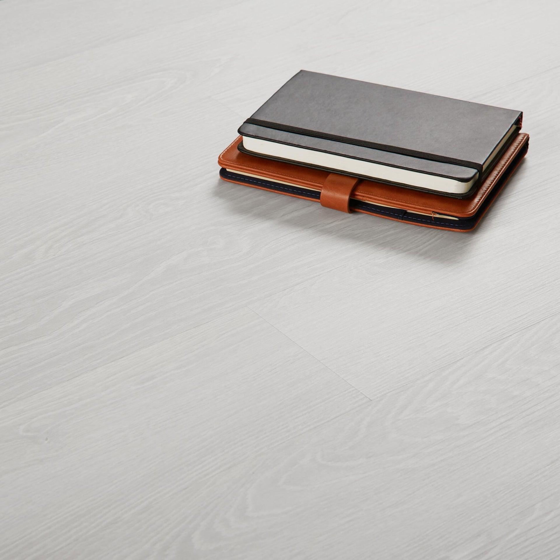 Pavimento PVC flottante clic+ Pure Sp 4.2 mm bianco - 2