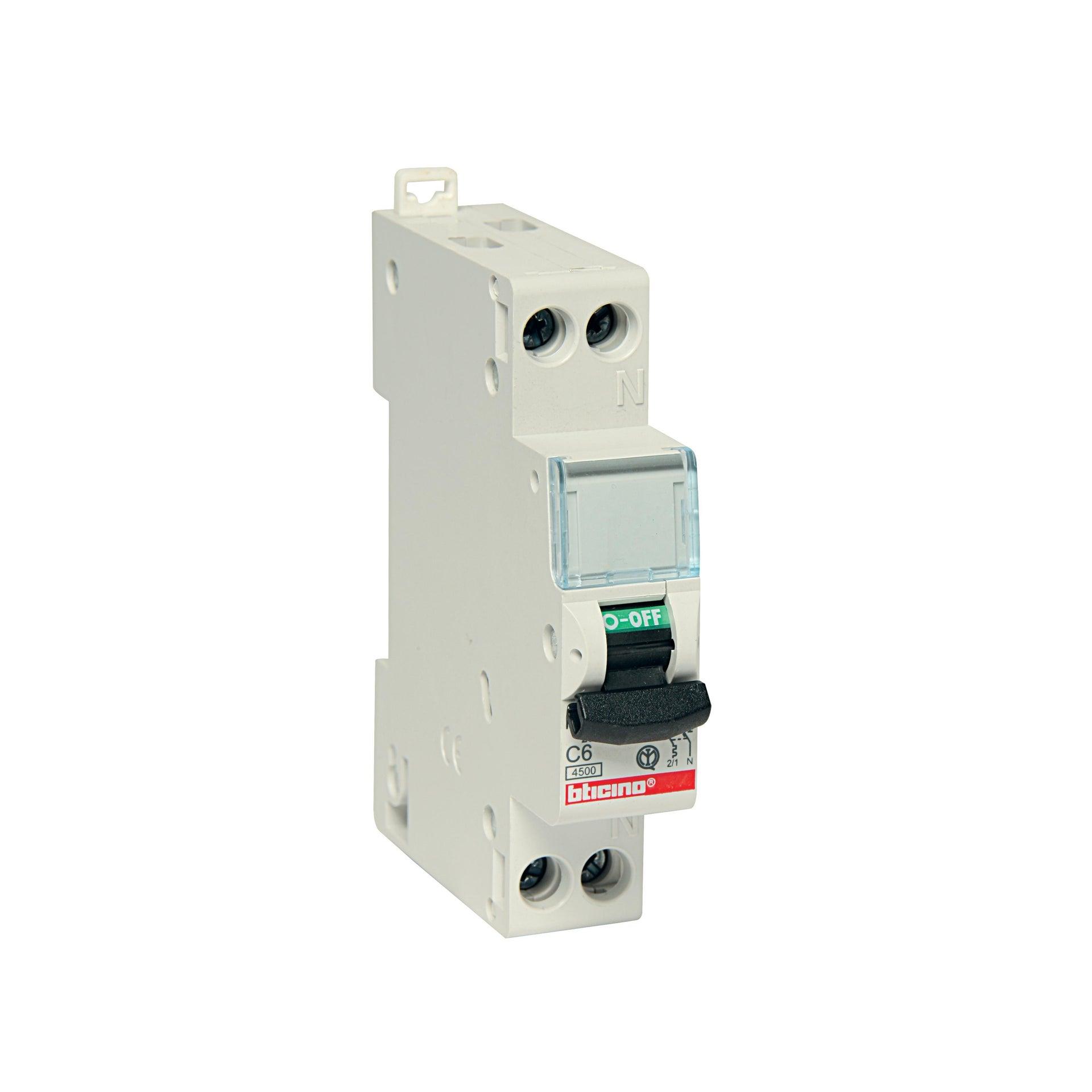 Interruttore magnetotermico BTICINO FC881C16 1P +N 16A C 1 modulo 230V
