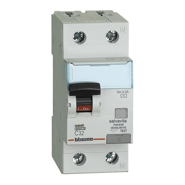 Interruttore magnetotermico differenziale BTICINO GN8814AC32 1 polo 32A 6kA 300mA AC 2 moduli 220V - 1