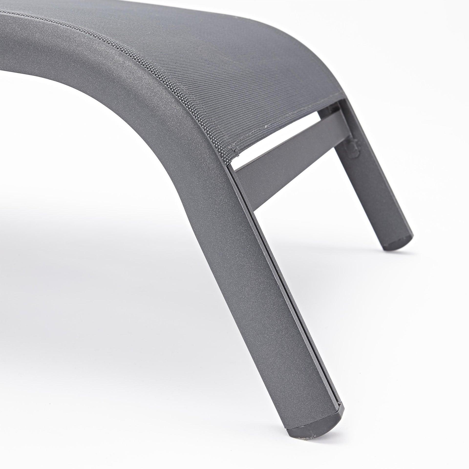 Lettino senza cuscino impilabile NATERIAL Lyra in alluminio grigio scuro - 2