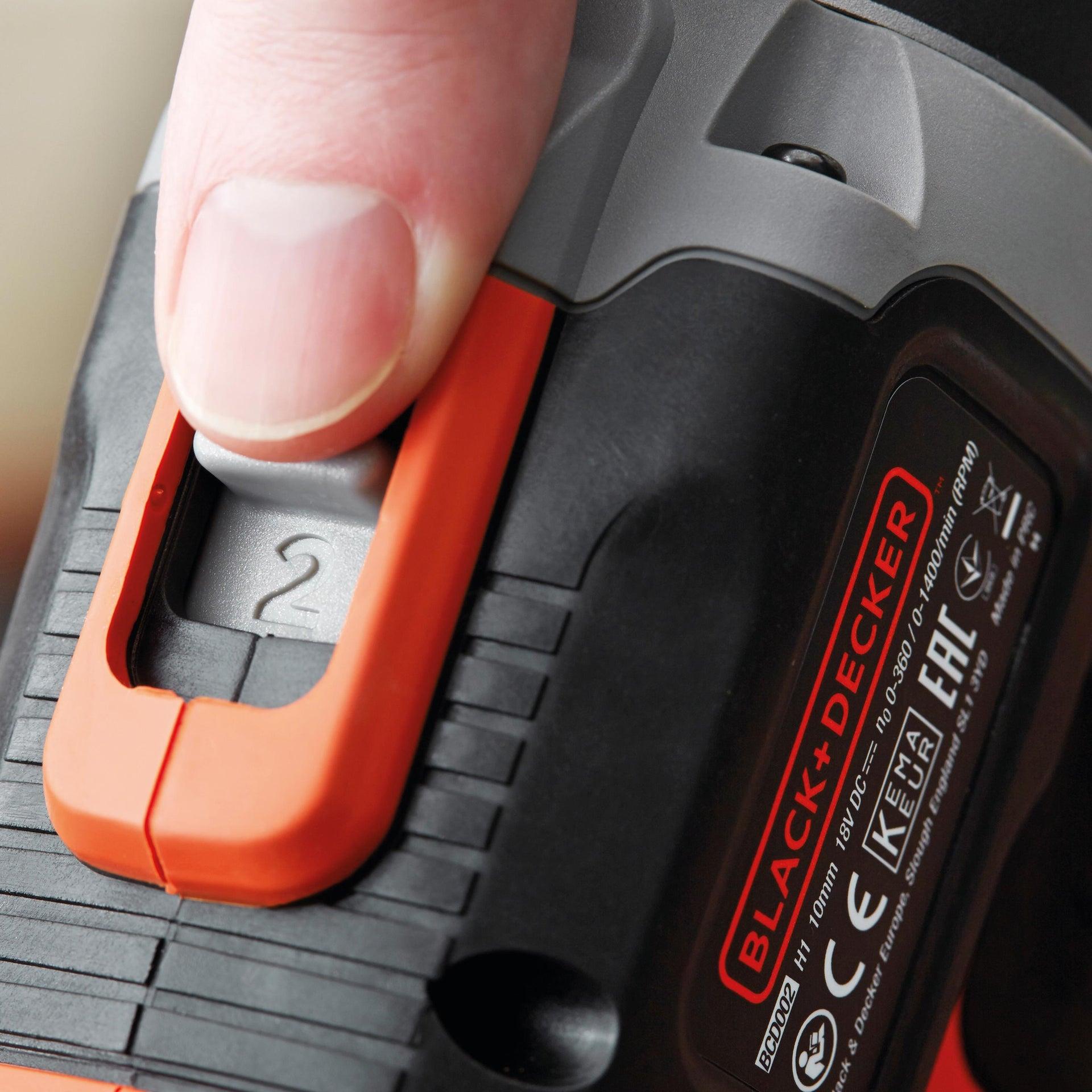 Trapano avvitatore a batteria BLACK + DECKER BCD003C2K 18 V, 1.5 Ah, 2 batterie - 4