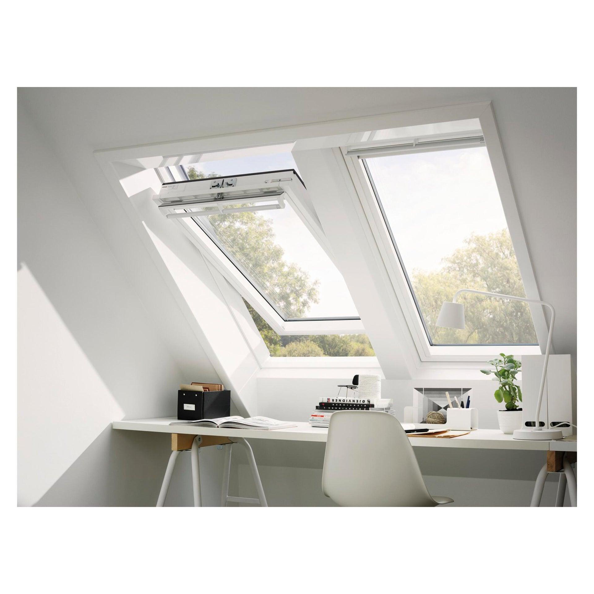 Finestra da tetto (faccia inclinata) VELUX GGU FK08 0070 manuale L 66 x H 140 cm bianco - 2