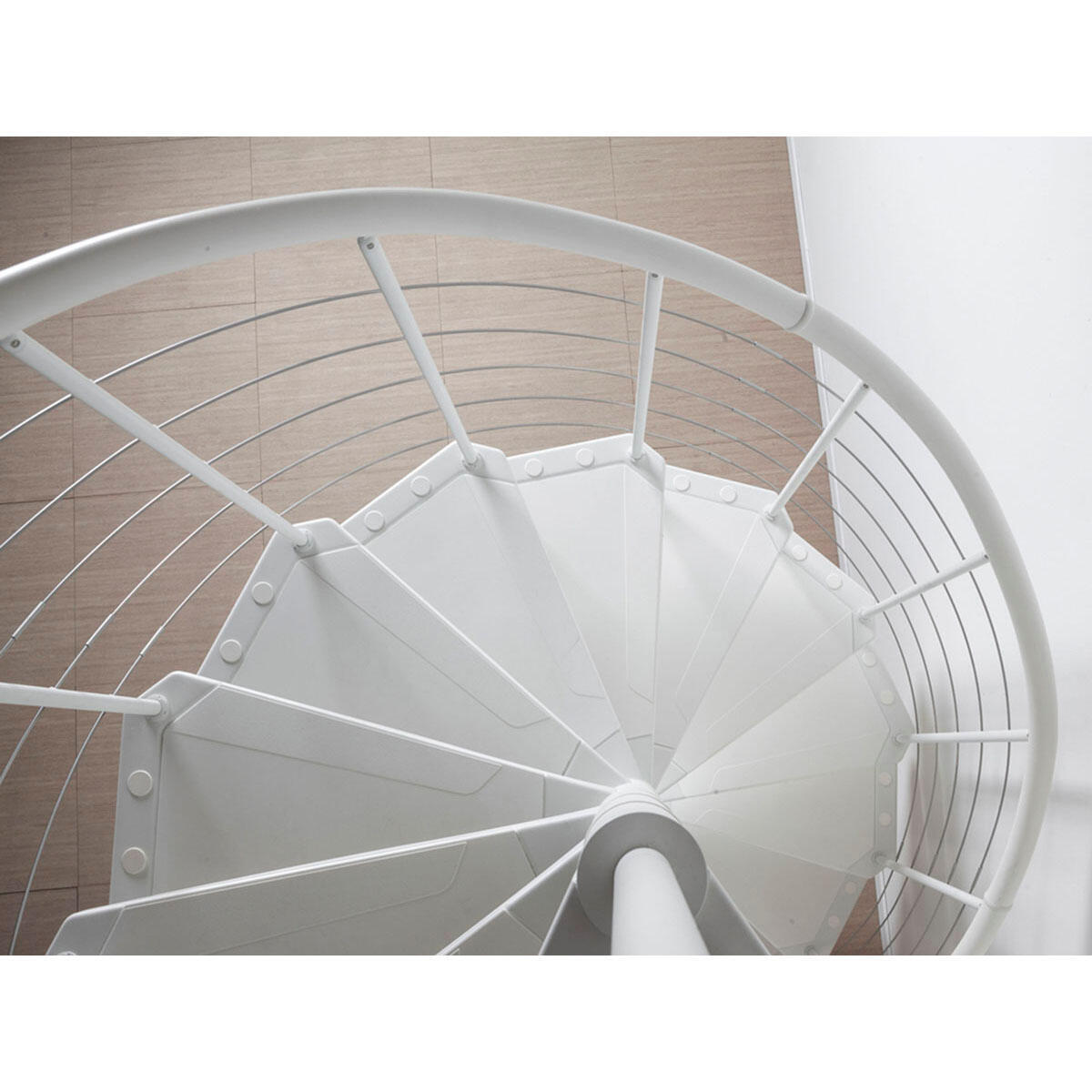 Scala a chiocciola tonda Gexi FONTANOT L 160 cm, gradino bianco, struttura bianco - 2