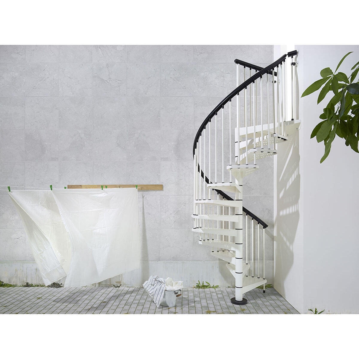 Scala a chiocciola tonda Lucia FONTANOT L 120 cm, gradino bianco, struttura bianco - 1