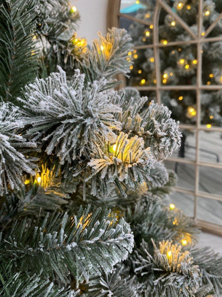 Albero di natale artificiale Oxford verde scuro brinato H 180 cm, 250 lampadine incorporate - 2