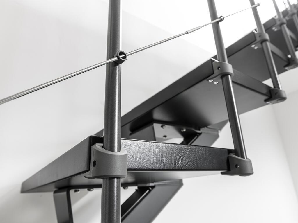 Scala a rampa 1/4 di giro Mas FONTANOT L 85 cm, gradino grigio antracite scuro, struttura antracite - 3