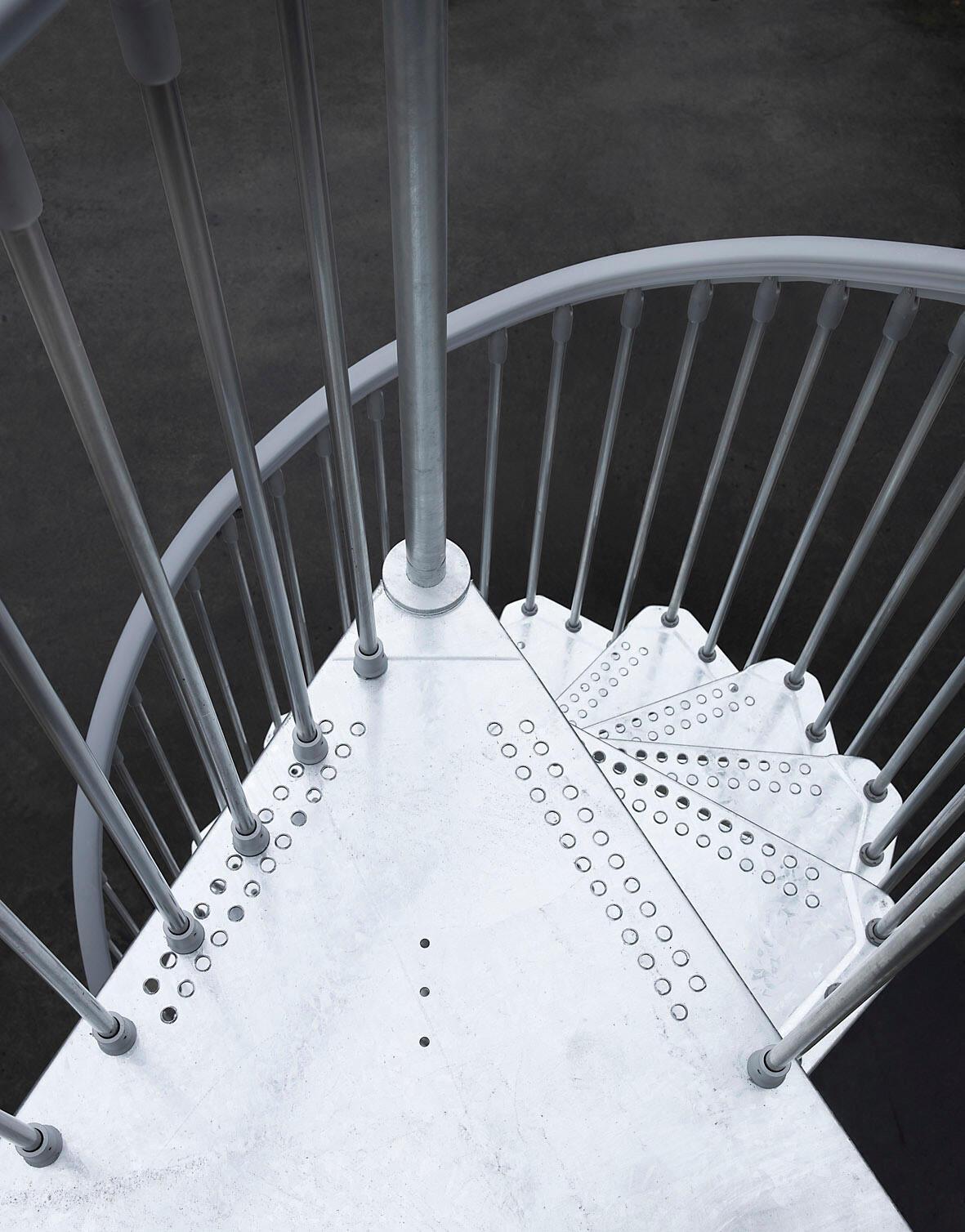 Scala a chiocciola tonda Steel Zink FONTANOT L 120 cm, gradino grigio zincato, struttura grigio zincato - 4