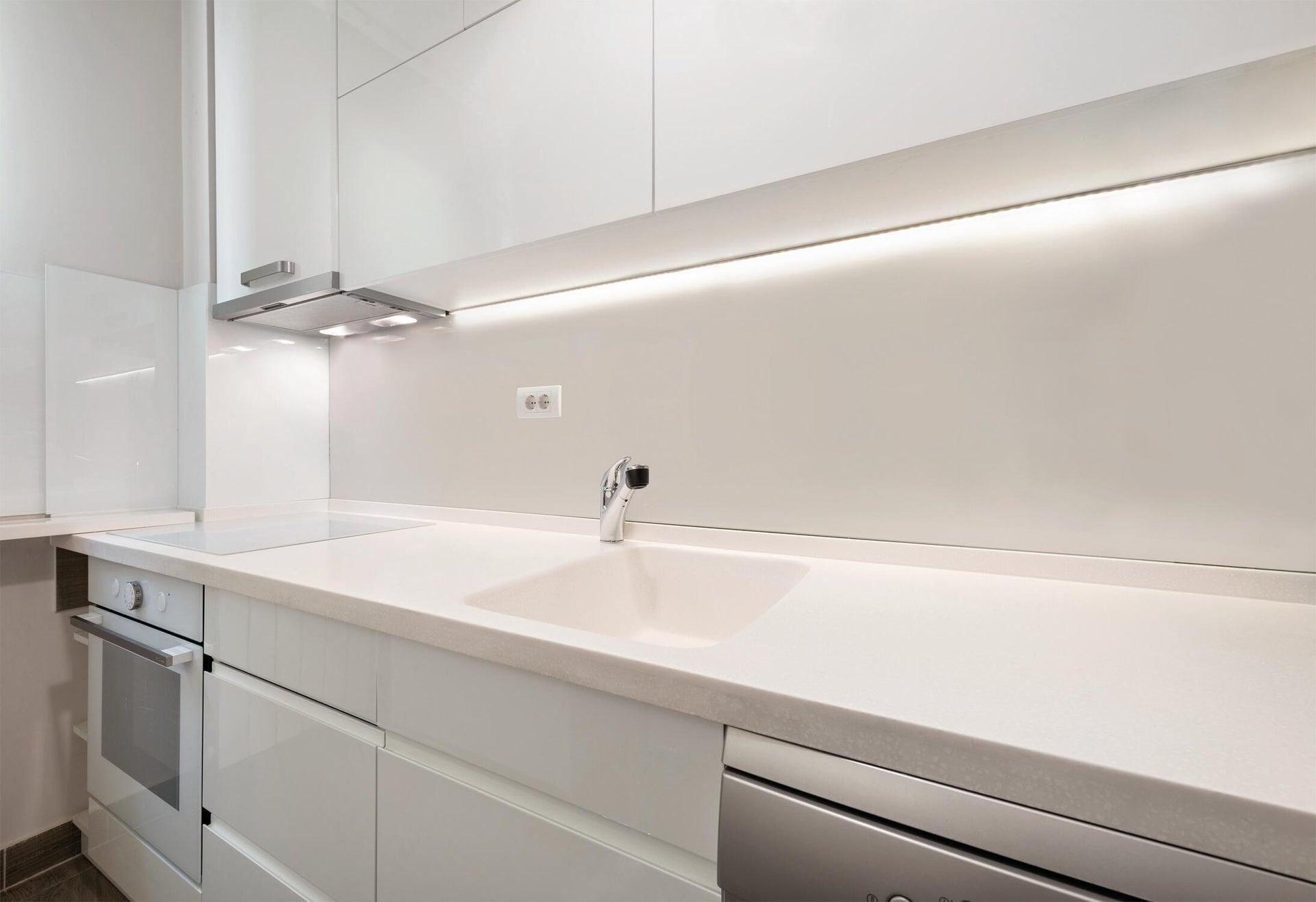Striscia led Noname 1.5m luce cct regolazione da bianco caldo a bianco freddo 400LM IP20 INSPIRE - 6