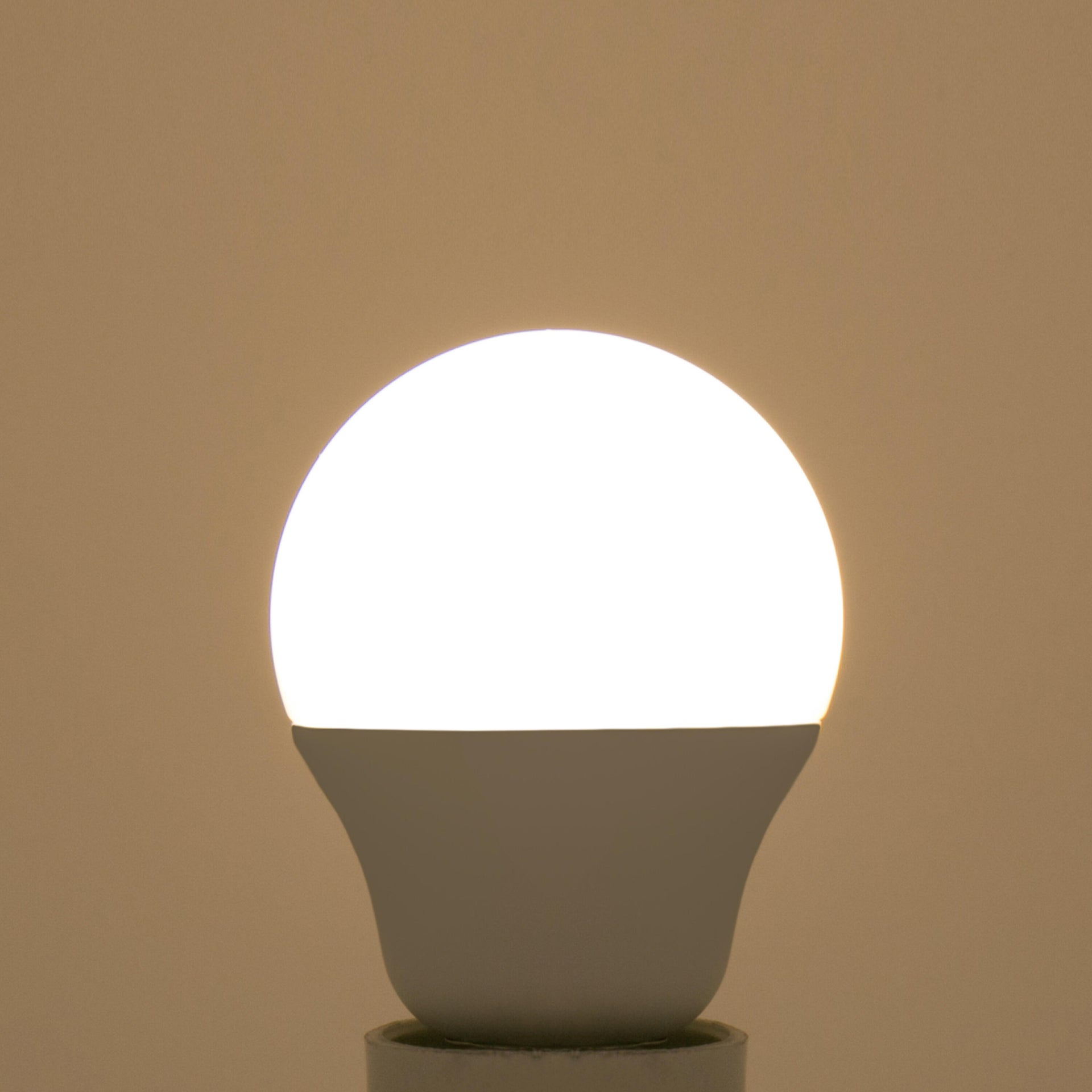 Lampadina LED, E14, Sferico, Smerigliato, Luce naturale, 5W=470LM (equiv 40 W), 220° , LEXMAN - 3